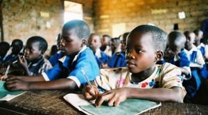 El auge de negocio en la educación ayuda a algunos africanos a subir clases