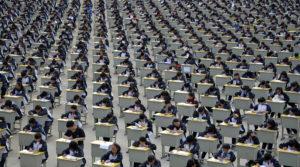 Nueva ciencia está conduciendo el país con mejores estudiantes de matemáticas del mundo a replantearse pruebas de gran importancia